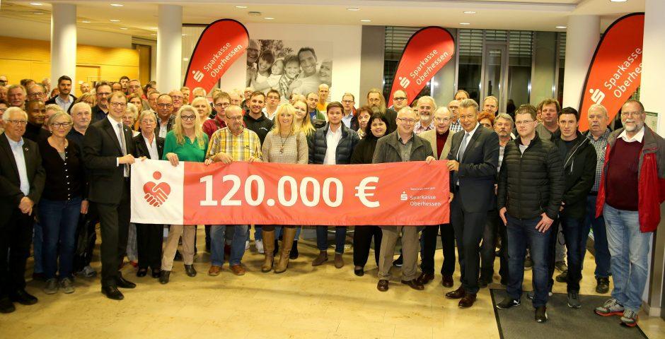Pressemitteilung: 120.000 Euro für oberhessische Vereinsarbeit