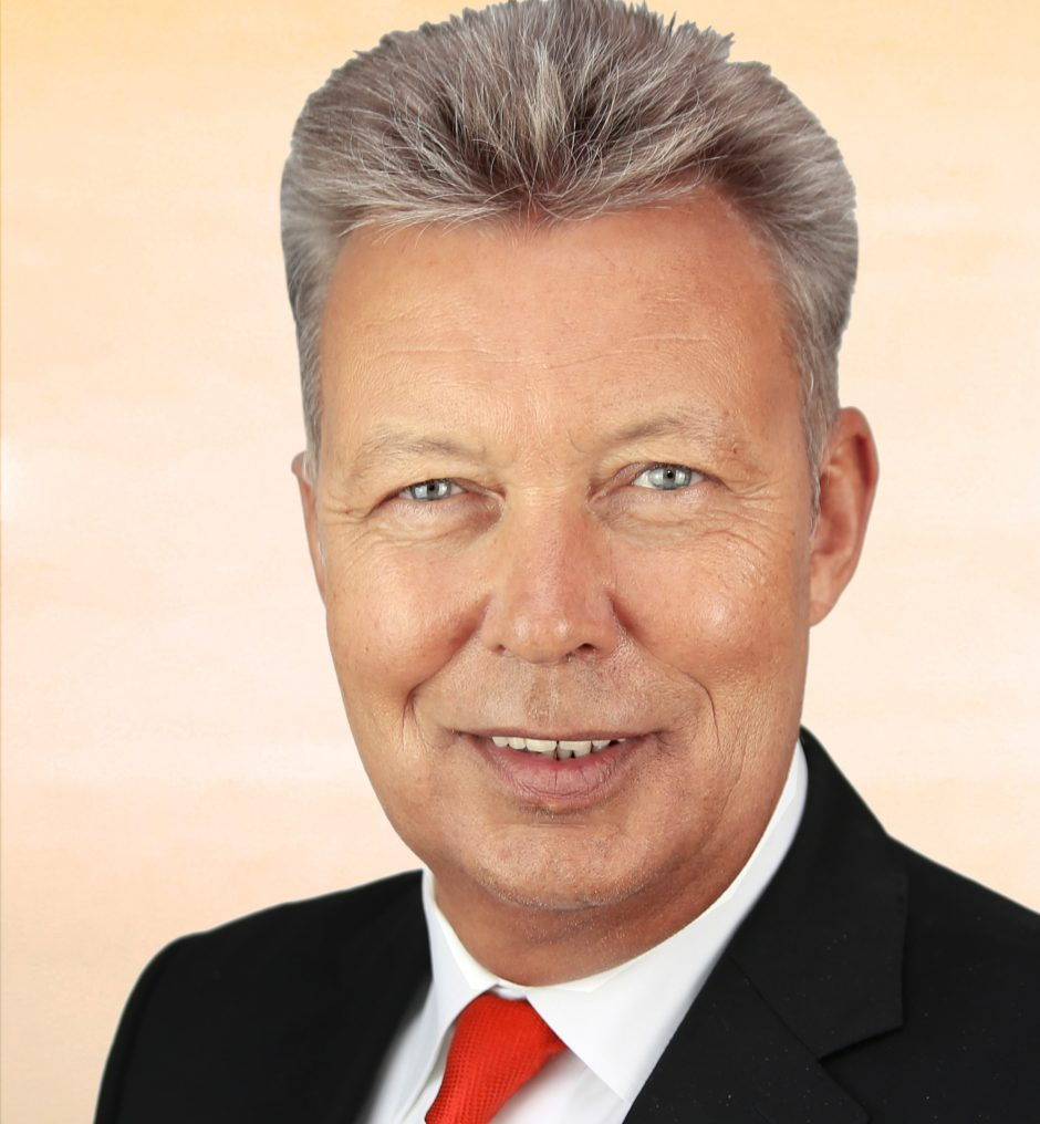 Pressemitteilung: Sparkassendirektor Günter Sedlak tritt im Oktober 2019 in den Ruhestand