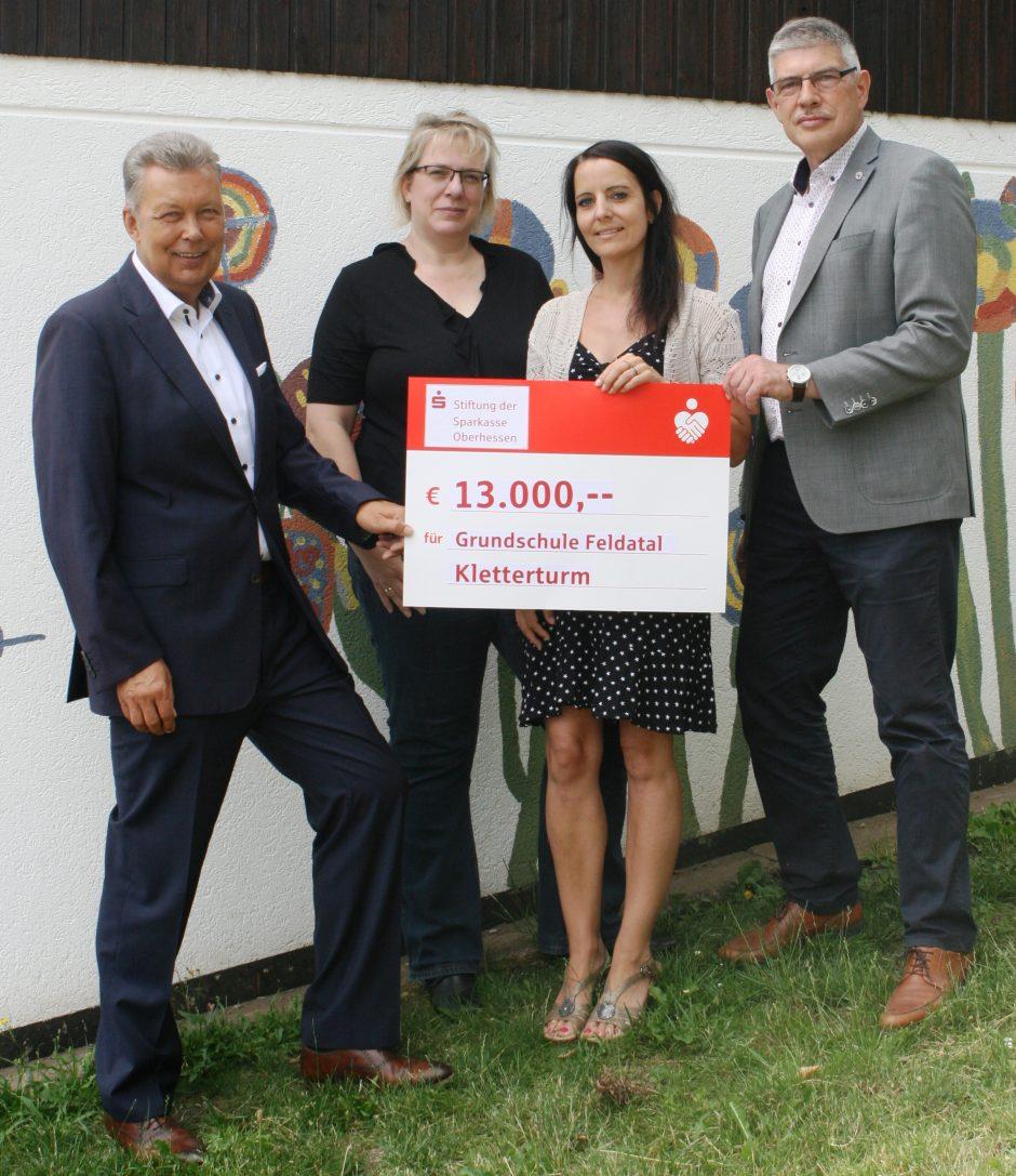 Sparkassen-Stiftung unterstützt Feldataler Grundschule