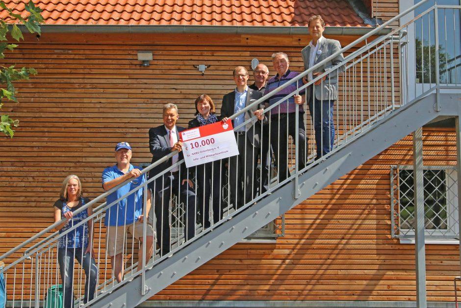 Sparkassen-Stiftung unterstützt Info- und Mitmachzentrum des NABU Ortenberg