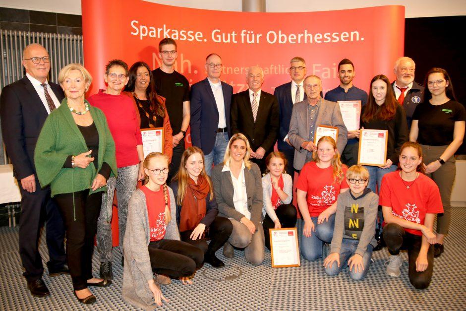 Stiftung der Sparkasse Oberhessen würdigt Ehrenamtler aus dem Vogelsberg mit Bürgerpreis Oberhessen