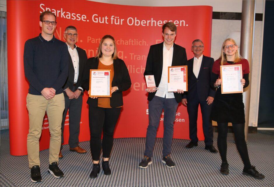 Auszeichnung für das Ehrenamt: Jetzt für den Bürgerpreis Oberhessen bewerben!